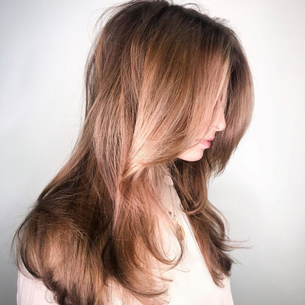 Восстанавливаем волосы летом