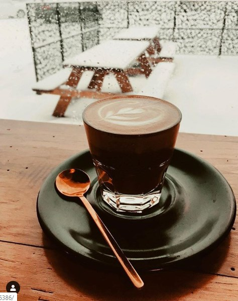 Чашка кофе утром